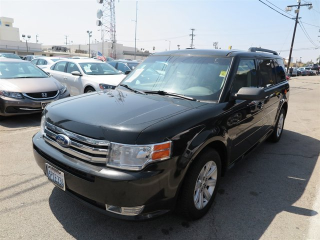 2011 Ford Flex SE Tuxedo BlackTUXEDO V6 35L Automatic 111145 miles Deal PendingChoose from