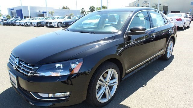 2014 Volkswagen Passat TDI SEL Premium BlackBeige V4 20 L Automatic 5 miles The vehicle photo