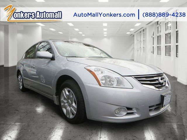 2012 Nissan Altima 25  V4 25L Variable 39280 miles 1 owner clean carfax Designed to delive