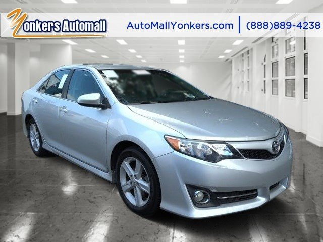 2012 Toyota Camry SE Classic Silver MetallicBlackAsh V4 25L Automatic 49072 miles Yonkers Au