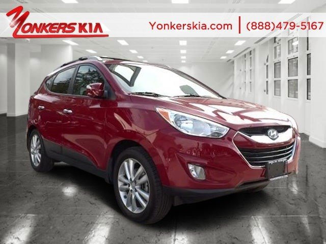 2013 Hyundai Tucson GLS Garnet RedTaupe V4 24L Automatic 16824 miles Yonkers Kia is the large
