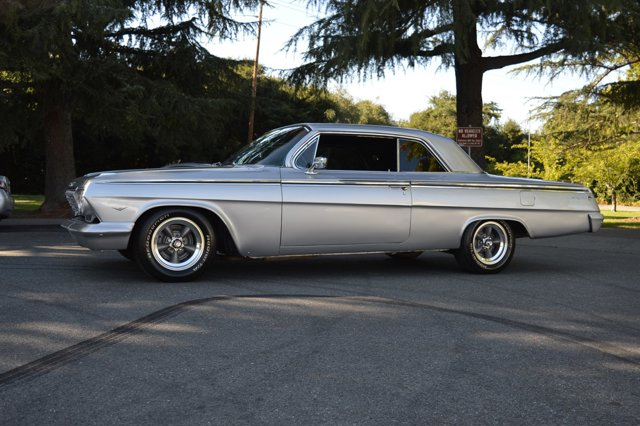 1962 Chevrolet Impala Silver Black V   0 miles Here we have an awesome looking 1962Chevrolet I