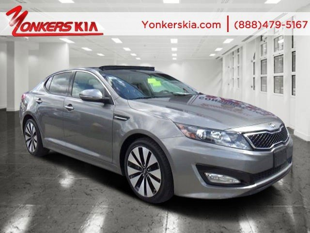 2012 Kia Optima SX Titanium MetallicBlack V4 20L Automatic 30443 miles Solid and stately thi