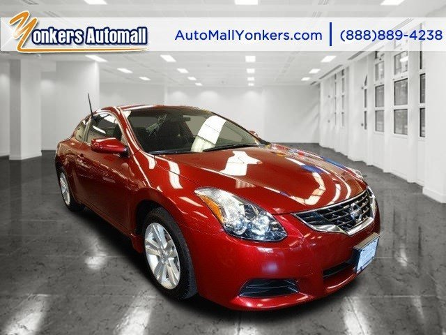 2013 Nissan Altima 25 S Cayenne Red MetallicCharcoal V4 25L Automatic 44441 miles  CHARCOAL