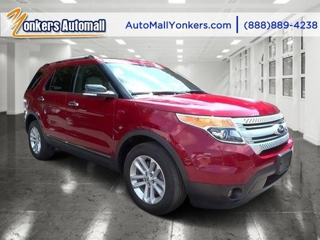 2013 Ford Explorer XLT Ruby Red Metallic Tinted ClearcoatMedium Light Stone V6 35L Automatic 3