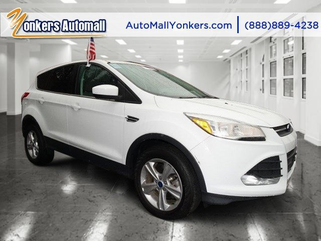 2013 Ford Escape SE Oxford WhiteTan V4 16L Automatic 46440 miles 1 owner clean carfax Yonk