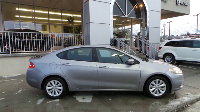 2016 Dodge Dart Aero Billet Silver Metallic ClearcoatBlack V4 14 L Manual 8 miles  BILLET SIL