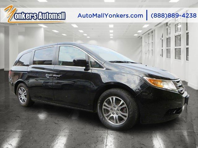 2012 Honda Odyssey EX-L Crystal Black PearlBeige V6 35L Automatic 30731 miles Innovative safet