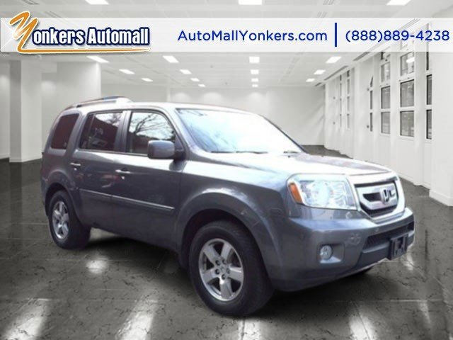 2011 Honda Pilot EX-L Polished Metal MetallicGray V6 35L Automatic 29776 miles 1 owner clean