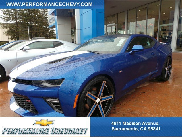 2017 Chevrolet Camaro SS Hyper Blue MetallicKALAHARI FRONT LTHR-TRIM V8 62L Automatic 5 miles