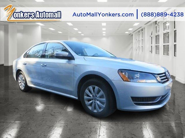 2014 Volkswagen Passat Wolfsburg Ed  V4 18 L Automatic 27691 miles Want to know the secret ing