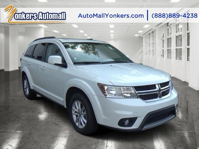 2015 Dodge Journey SXT WhiteLt Frost BeigeBlack V6 36 L Automatic 30975 miles Sophisticated