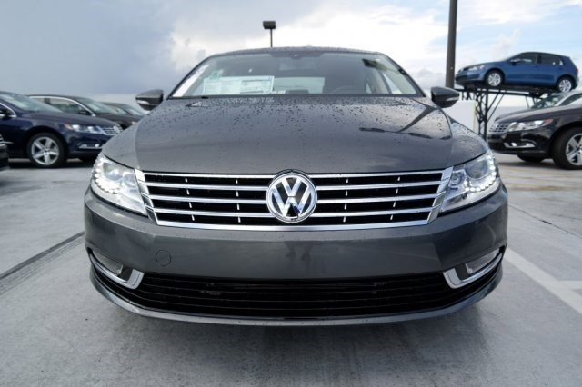 2016 Volkswagen CC Sport GrayBlack V4 20 L Automatic 21 miles The Volkswagen CC is known for