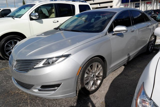 2013 Lincoln MKZ Ingot Silver MetallicCharcoal Black V6 37L Automatic 66084 miles GUARANTEED