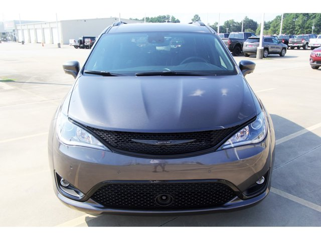 2020 Chrysler Pacifica Touring L Granite Crystal Metallic ClearcoatBlack V6 36 L Automatic 10 m