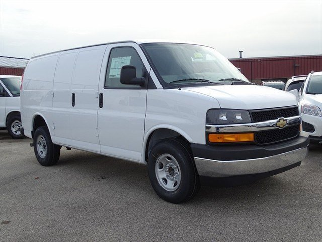 2017 Chevrolet Express Cargo Van Summit WhiteMedium Pewter V8 48L Automatic 0 miles  AS5  C6