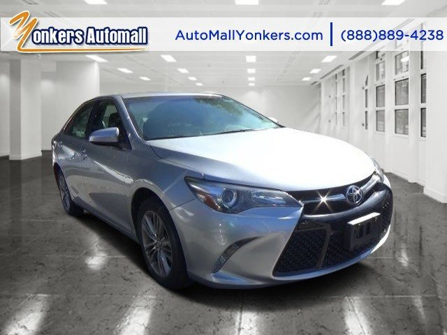 2015 Toyota Camry SE Celestial Silver MetallicBlack V4 25 L Automatic 39209 miles  Front Whee