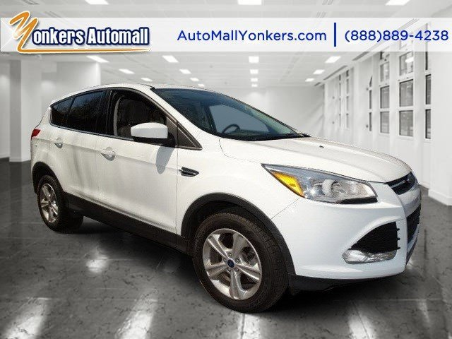 2013 Ford Escape SE Oxford WhiteMedium Light Stone V4 16L Automatic 42211 miles Yonkers Auto