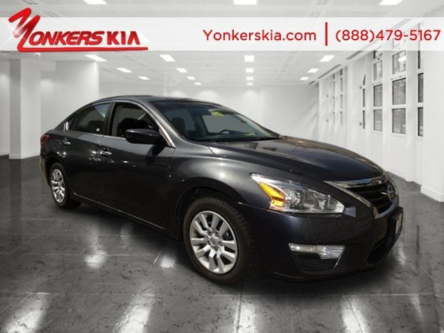 2013 Nissan Altima 25 Metallic SlateCharcoal V4 25L Automatic 47295 miles Bluetooth and powe