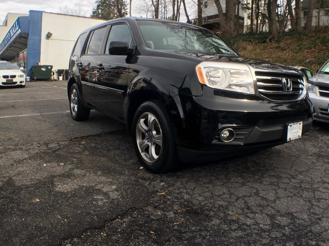2012 Honda Pilot EX-L BlackGray V6 35L Automatic 84944 miles  Leather Style Seating  Alloy Wh