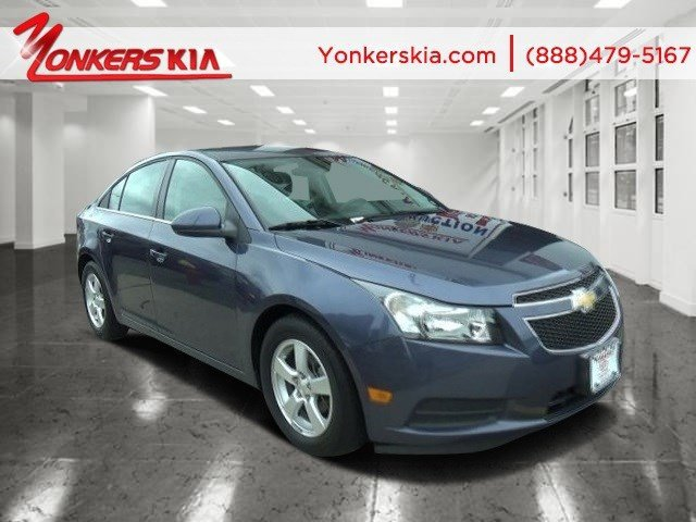 2014 Chevrolet Cruze 1LT Blue Ray MetallicJet Black V4 14L Automatic 25972 miles 1 owner cle