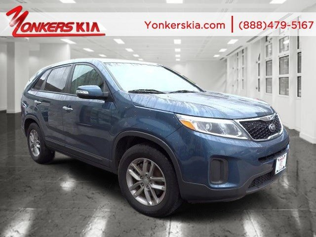 2015 Kia Sorento LX Wave BlueBlack V4 24 L Automatic 18049 miles Bluetooth and satellite radi