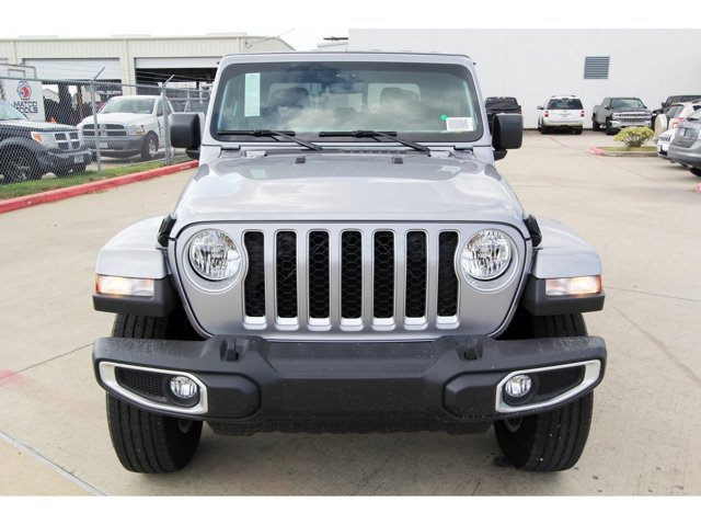 2020 Jeep Gladiator Overland Billet Silver Metallic ClearcoatBlack V6 36 L Automatic 9 miles 2