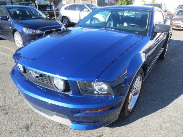 2007 Ford Mustang GT Premium Coupe Vista Blue MetallicBlackParchment V8 46L Manual 70529 miles