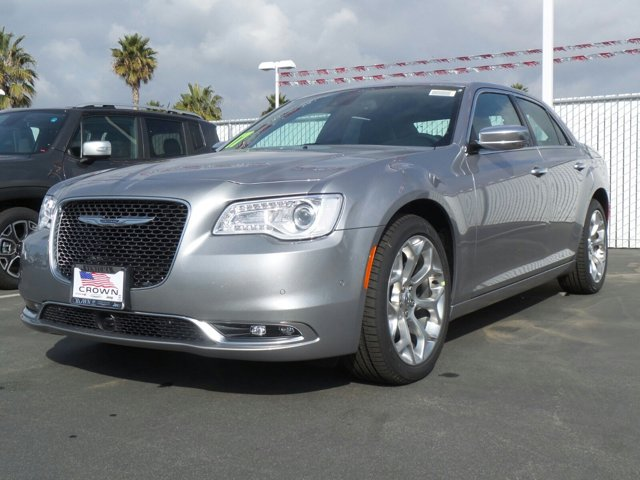 2017 Chrysler 300 300C Platinum Billet Silver Metallic ClearcoatBlack V8 57 L Automatic 0 mile