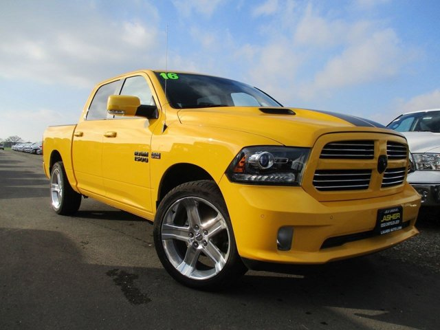 2016 Ram 1500 Sport STINGER YELLOW V8 57 L Automatic 85 miles  Rear Wheel Drive  Power Steer