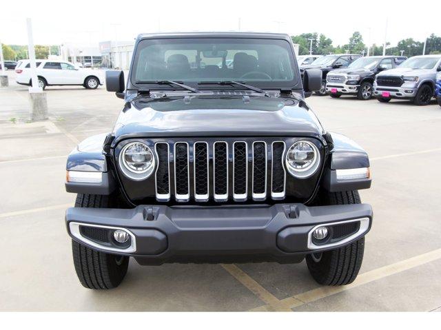 2020 Jeep Gladiator Overland Black ClearcoatBlack V6 36 L Automatic 9 miles