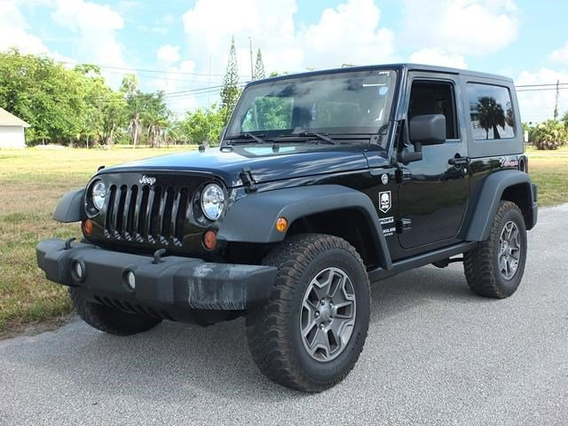2009 Jeep Wrangler Rubicon Black V6 38L Manual 66435 miles Drivers wanted for this dominant a