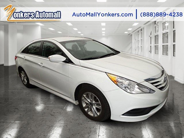 2014 Hyundai Sonata GLS Pearl WhiteGray V4 24 L Automatic 38938 miles 1 owner clean carfax
