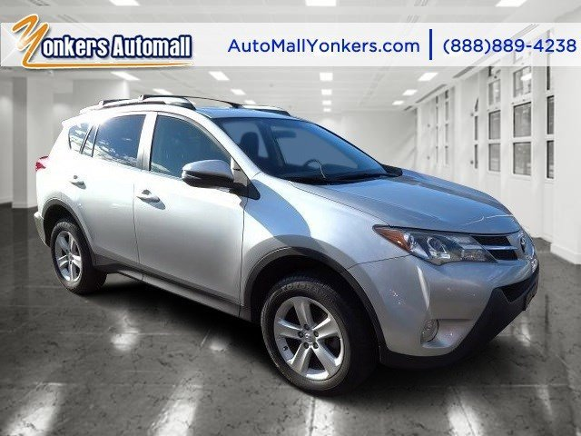 2013 Toyota RAV4 XLE Classic Silver MetallicBlack V4 25L Automatic 43359 miles 1 owner clean