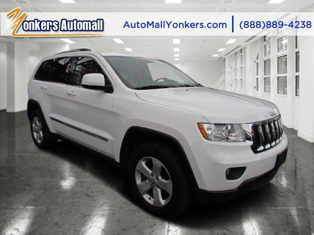 2013 Jeep Grand Cherokee Laredo Bright WhiteDark GraystoneMedium Graystone V6 36L Automatic 3