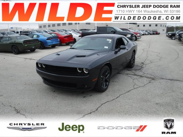 2019 Dodge Challenger SXT Maximum Steel Metallic ClearcoatBlack V6 36 L Automatic 10 miles At