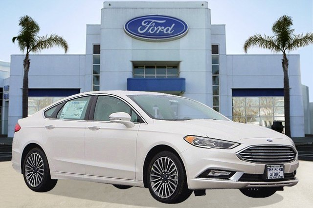 2017 Ford Fusion SE White Platinum Metallic Tri-CoatMedium Light Stone V4 20 L Automatic 3 mil