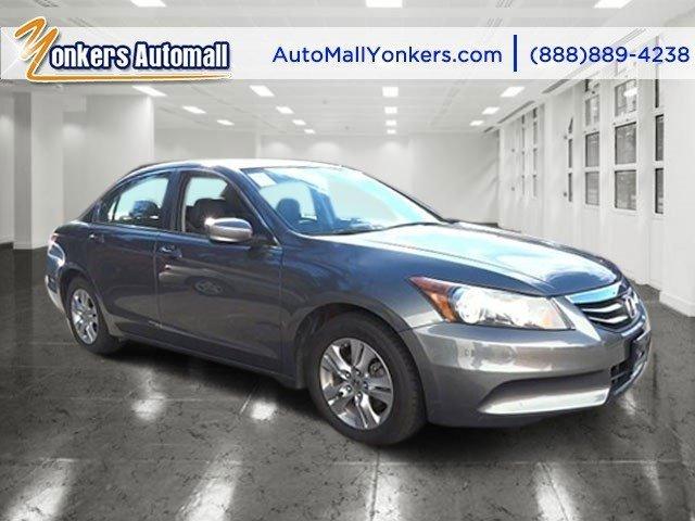 2012 Honda Accord Sdn SE Polished Metal MetallicBlack V4 24L Automatic 43039 miles 1 owner cl