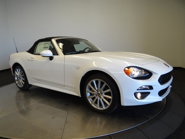 2017 FIAT 124 Spider Lusso Bianco Perla Tri-Coat WhiteALX9 V4 14 L Automatic 0 miles Buy it