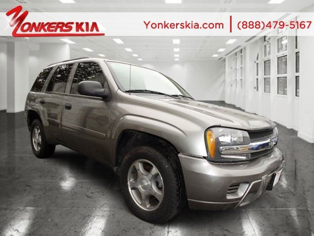 2008 Chevrolet TrailBlazer w1FL Silverstone MetallicLight graydark gray V6 42L Automatic 658