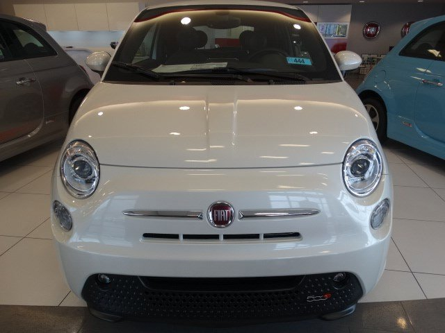 2017 FIAT 500e  V 00 Automatic 0 miles  Electric Motor  Front Wheel Drive  Power Steering
