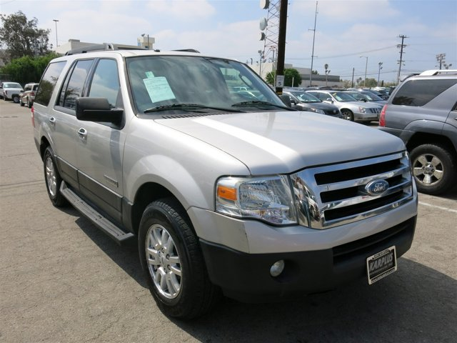 2007 Ford Expedition XLT Silver Birch Metallic V8 54L Automatic 95222 miles Choose from our w