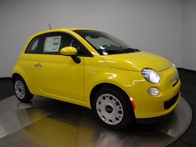 2016 FIAT 500 Pop Giallo Moderna Perla Pearl Yellow TCA7X9 V4 14 L Manual 0 miles Buy it T