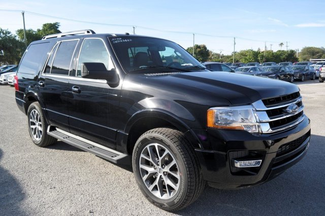 2017 Ford Expedition XLT Shadow BlackEbony V6 35 L Automatic 31 miles Gasoline TurboThis go