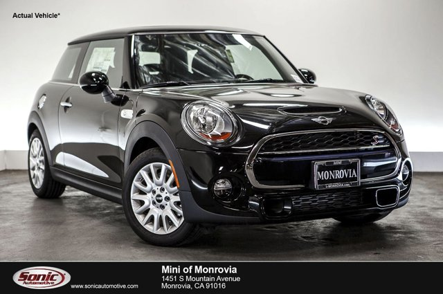 2016 MINI Cooper Hardtop S Midnight Black MetallicCarbon Black V4 20 L Automatic 0 miles  Tur