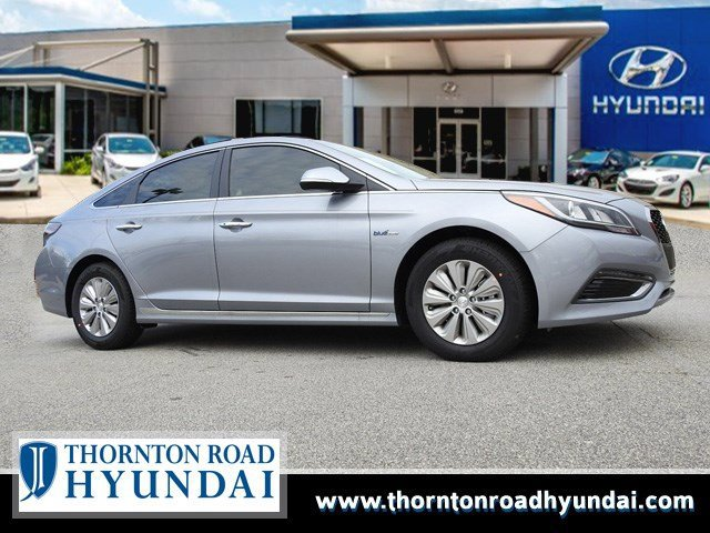2017 Hyundai Sonata Hybrid SE Pewter Gray MetallicGray V4 20 L Automatic 24747 miles The Hyun