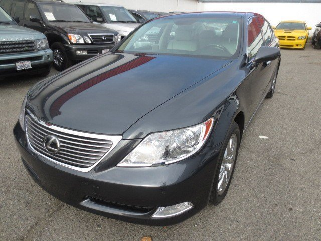 2007 Lexus LS 460 LWB Smoky Granite MicaLight Gray V8 46L Automatic 63314 miles LOW LOW LOW M