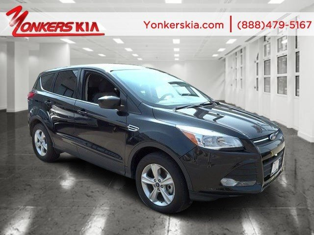2014 Ford Escape SE Tuxedo BlackMedium Light Stone V4 20 L Automatic 20162 miles Clean carfax