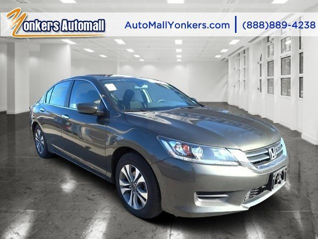 2013 Honda Accord Sdn LX Modern Steel MetallicBlack V4 24L Automatic 37286 miles 1 owner cle