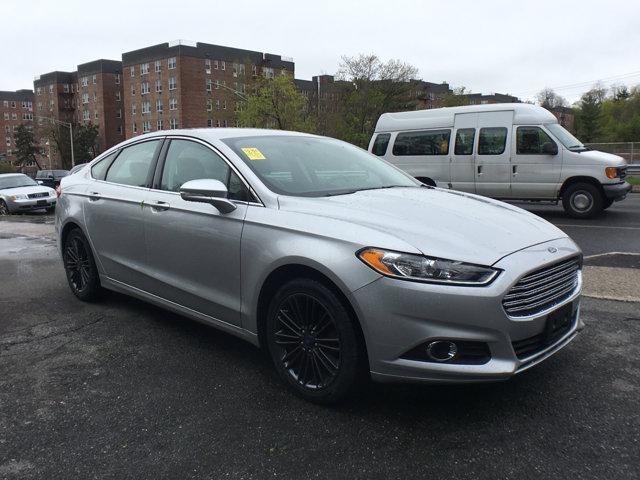 2014 Ford Fusion SE Ingot Silver MetallicEbony V4 15 L Automatic 40941 miles Navigation Rear